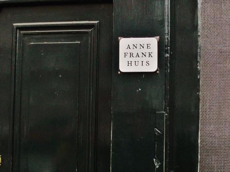 Anne Frank House, Amsterdam, Netherlands, backpacksandblackboards.com